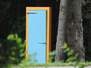 door-508230_1280